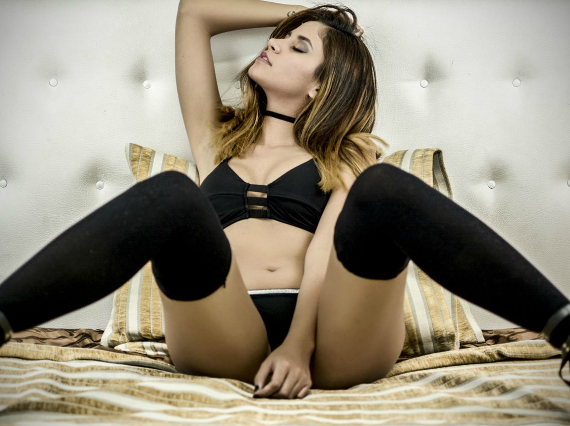 Top 10 Hottest Cam Girls on the Planet! | Adult Webcam News